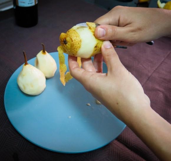 Pelar peras