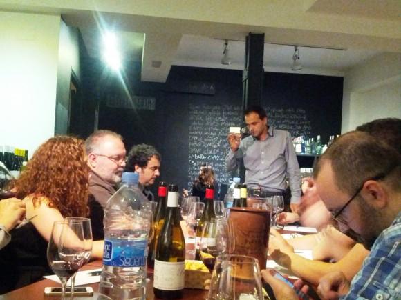 Juan Antonio Ponce catanado sus vinos D.O. Manchuela