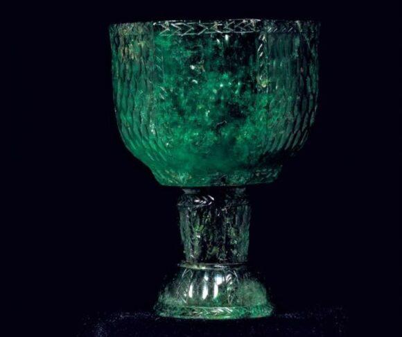 Copa de esmeralda perteneciente a Jahangir.